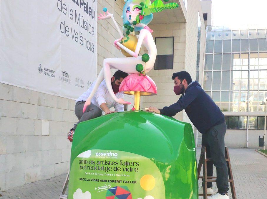 Campaña de Ecovidrio para reciclar con espíritu fallero
